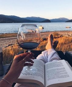 Book and a glass of wine! Looks like a good combination. What's the most recent book you have finished? Photo by pictures ROD Wine