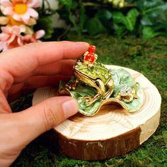 Unique parentandchild frog Jewelry Box jewelry case Gift Box