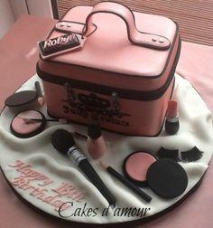 Makeup Case Birthday Cake Makeup Case Birthday Cake Makeup Case Cake Makeup Case Cake Make Up Cake Makeup Birthday Cakes, 21st Birthday Cakes, Fondant Cakes, Cupcake Cakes, Fashionista Cake, Handbag Cakes, Make Up Cake, Couture Cakes, Cakes For Women