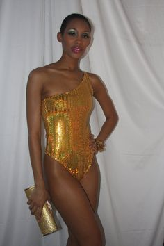 GOLD ONE PIECE SEQUI