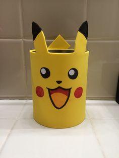 DIY Pokemon Pikachu pencil holder - Pokemon party ideas - DIY Pokemon Pikachu pencil holder, also great for Pokemon party decorations. Foam Sheet Crafts, Foam Crafts, Paper Crafts, Diy Paper, Pokemon Party Decorations, Pokemon Craft, Glue Gun Crafts, Pokemon Birthday, Clay Pot Crafts