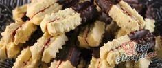Pudinkové strojkové vánoční cukroví Krispie Treats, Rice Krispies, Christmas Time, Sushi, Food And Drink, Ethnic Recipes, Desserts, Vanilla, Top Recipes