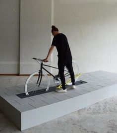 Align public bicycle rack by Milou Bergs