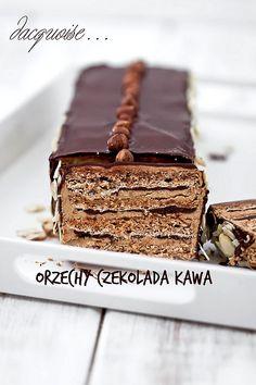 Torcik czekoladowo - kawowy dacquoise Aline Deserts to die for! Köstliche Desserts, Delicious Desserts, Dacquoise, Cake Cookies, Cupcake Cakes, Sweet Recipes, Cake Recipes, Pancake Dessert, Sweets Photography