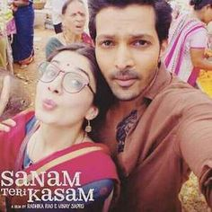 Sanam Teri Kasam, Perfect Couple, Romantic Movies, Good Movies, Cute Couples, Mens Sunglasses, Actors, Couple Photos, Fashion