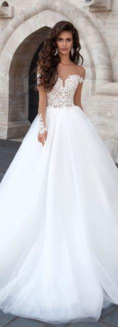 Robe de mariée Milla Nova : princesse avec de la dentelle