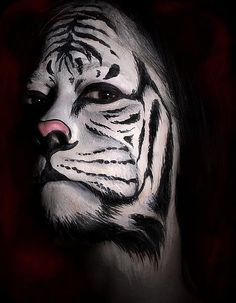 Pashur: the Picasso of body painting! - Pashur: the Picasso of body painting! Tiger Makeup, Animal Makeup, Face Paint Makeup, Fx Makeup, Special Effects Makeup, Special Makeup, Theatrical Makeup, Fantasy Makeup, Fantasy Art