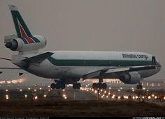 Alitalia Cargo EI-UPU McDonnell Douglas MD-11F aircraft picture