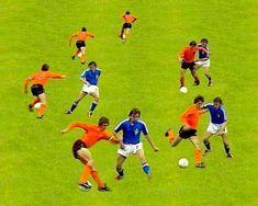Cruyff Turn Soccer, History, Sports, Football Players, Hs Sports, Futbol, Historia, Soccer Ball, Excercise