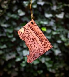 Washington DC Wood Holiday Ornament   Gifts Local Pride   Neighborwoods   Scoutmob Shoppe   Product Detail