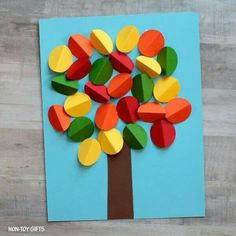 fall art projects for kids Create with circles and make an easy and beautiful fall tree craft with your preschoolers or older kids. Baby Crafts To Make, Crafts For Kids To Make, Toddler Crafts, Projects For Kids, Art For Kids, Art Projects, Toddler Preschool, 3d Paper Crafts, Paper Crafts For Kids