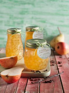Diese aromatisch-süße Birnenkonfitüre erhält durch Zugabe von Vanille und Nelken ihre besondere Würze!