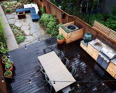 terrasse gestaltung holz dielen steinplatten outdoor küche esstisch