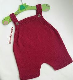 Baby Romper Pattern, Baby Booties Knitting Pattern, Baby Boy Knitting Patterns, Baby Patterns, Hand Knitting, Crochet Baby Pants, Knitted Baby Clothes, Knit Crochet, Baby Costumes