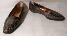 Joan and David New York Snake Skin Flats Shoes Sz 6.5 M http://www.ebay.com/itm/370953188096?ssPageName=STRK:MESELX:IT&_trksid=p3984.m1555.l2649