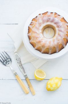 Lemon and vanilla pound cake