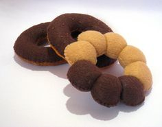 Felt food donuts set (chocolate) eco friendly kid's play food for toy kitchen, set of 3 felt donuts, toy donuts, chocolate frosting donuts