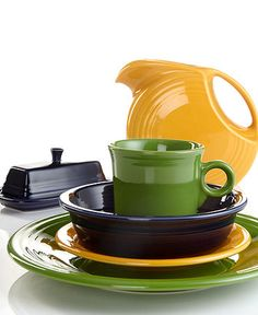 I heart Fiesta ware...love these colors for summer