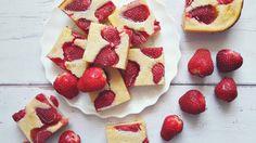 Izu, Sorbet, Waffles, Cereal, Strawberry, Yummy Food, Meals, Cookies, Fruit