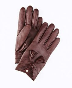 Tasseled Leather Gloves: http://rstyle.me/~12oCL