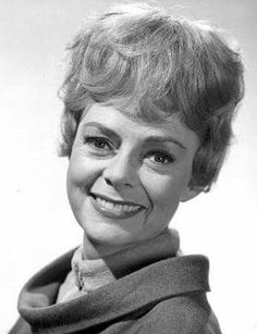 June Lockhart, Space Tv Shows, 30 Day Abs, Space Photos, Lost In Space, Old Tv Shows, My Favorite Image, Space Exploration, Classic Hollywood