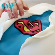 SUPER-DAD CAKE to the Rescue! #FathersDay #DIY! Your dad is going to love this one! Link in bio to full video ... #dad #father #fathersday #love #diy #cake #dessert #treat #yummy #cakelove #superhero #marvel #dc #comics #comicbooks #nerd #nerdytreats #recipe #foodie #fondant #icing #theicingartist