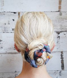 See how to create this gorgeous scarf bun.