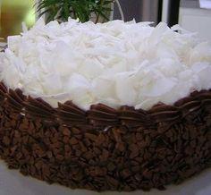 Bolo Prestígio Elegante | Tortas e bolos > Receita de Bolo | Receitas Gshow