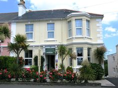 Dolvean House, Falmouth, Cornwall, England. Bed and Breakfast. Holiday. Travel. Accommodation. Relax. Getaway. Family. Staycation. Seaside. Beach. Coastal. Harbour.