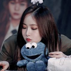 Sinb Gfriend, G Friend, Mochi, Beagle, Chanyeol, Kpop Girls, Girl Group, Kawaii, Pictures
