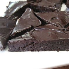 A decadent and fancy un-cooked, gluten-free, and vegan brownie #earthbalance