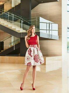 vestidos sonia p ena Skirt Outfits, Dress Skirt, Dress Up, Girl Fashion, Fashion Dresses, Womens Fashion, Fashion Design, Pretty Dresses, Beautiful Dresses
