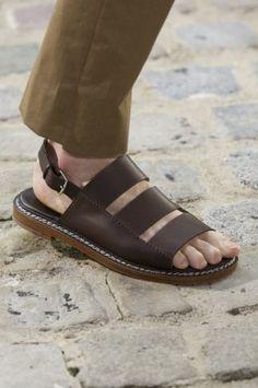 174 meilleures images du tableau sandale | Sandales