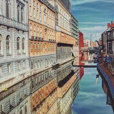 by kfazily: Gent- #belgium_unite #igbelgium #igersbelgium #igersbelgique #igerslln #igerskortrijk #igersnamur #visitbelgium #visitflanders #belgium #belgië #belgique #persian #visitgent #gent #afghan #city_explore #timelapse #reflections @worlderlust