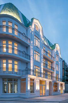 Apartimentum by Kleffel Papay Warncke Architects and Notholt Lighting Design in Hamburg. Photo © Hg Esch, Hennef.