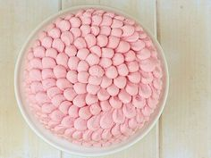 Quick and easy decoration for cake.
