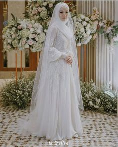 Image may contain: 1 person, wedding – Jena Downs Muslim Wedding Gown, Hijabi Wedding, Wedding Hijab Styles, Muslimah Wedding Dress, Muslim Wedding Dresses, Muslim Brides, Dream Wedding Dresses, Wedding Attire, Wedding Gowns