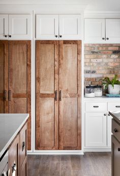 Amazing wood cabinet doors - love that brick backsplash too! Daydreaming about the charming double-sided fireplace and rustic exposed brick in the Jackson home? Find home pictures and more design ideas here! Fixer Upper Kitchen, New Kitchen, Kitchen Brick, Kitchen Decor, Cheap Kitchen, Kitchen Colors, Bathroom Fixer Upper, Fixer Upper Hgtv, Bathroom Built Ins