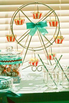 Ferris Wheel Cupcake holder. #vintagecircusparty #circusparty #kidsparties #boypartyideas #cupcakes #cake #birthdayparty