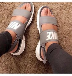women's nike tanjun sandals grey worn twice! in new condition Nike Shoes Sandals Comfort for warmer weather is yours with the Nike Tanjun Sandal. Best 10 sandals Cute comfortable strappy gladiator leather wedge sandals chunky flatform jamaica lace up bo Me Too Shoes, Women's Shoes, Shoe Boots, Golf Shoes, Buy Shoes, Sports Shoes, Shoes Sneakers, Tops Nike, Sneakers Fashion