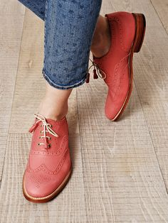 coral - Love this color and the shoe