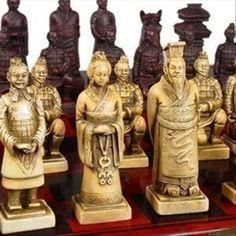 Um Conjunto de Requintado Xadrez Chinês 32 peças Terra Cotta Warriors Estátua com Antigo Dragon Phoenix Box em Garrafas, Frascos & Caixas de Home & Garden no AliExpress.com | Alibaba Group