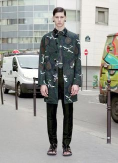 Givenchy-Pre-Spring-Resort-2013-Collection-A-Full-Look-01-392x540