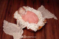 Newborn photographer – Frederick MD