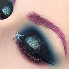 We love this bewitching look by @marioncameleon featuring #sugarpill Bulletproof and Velocity eyeshadows!