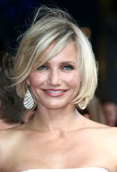2014 medium Hair Styles For Women Over 40 | Picture of Hairstyle ideas for women over 40 - Cameron Diaz Short bob ...