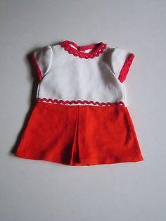 Schoene-alte-Puppenkleidung-Huebsches-Kleid-Kurzarm