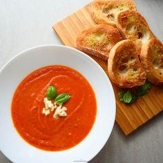 Krem z pieczonych pomidorów - Analiza Smaku - Tutaj liczy się smak! Ciabatta, Mozzarella, Thai Red Curry, Pesto, Dinner, Ethnic Recipes, Foods, Dining, Food Food