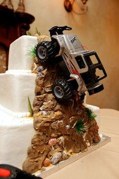 Jeep Wrangler Wedding Cake Topper