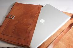 #macbookcase #bag #workbag #leather #handmade #derilileatherart